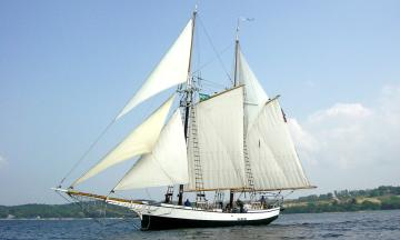 Tall ship Madeline